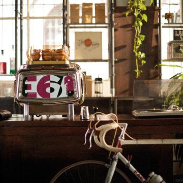 La Faema E61 compie 60 anni e festeggia con una novità per la casa